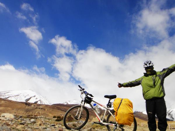 Cycling holiday in Eastern Tibet, Sichuan Province