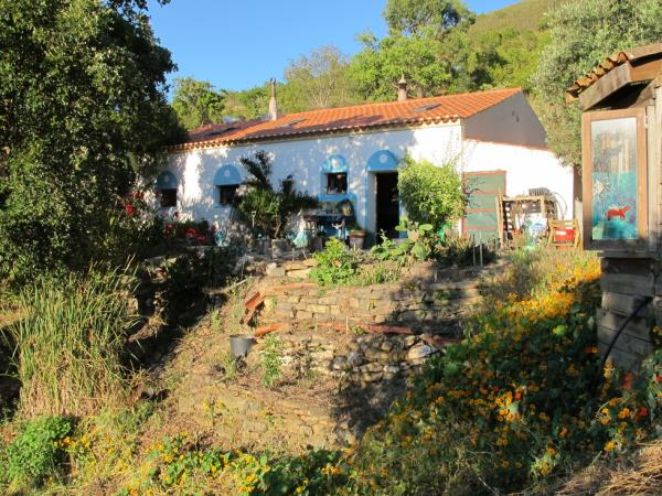 Algarve farmhouse holiday cottage, Portugal