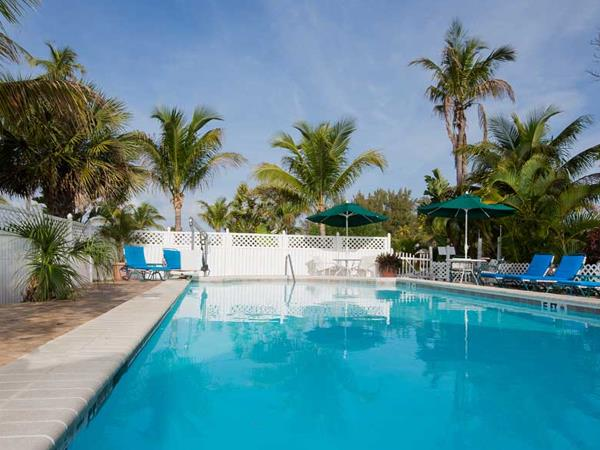 Castaways Beach and Bay Cottages, Sanibel, Florida