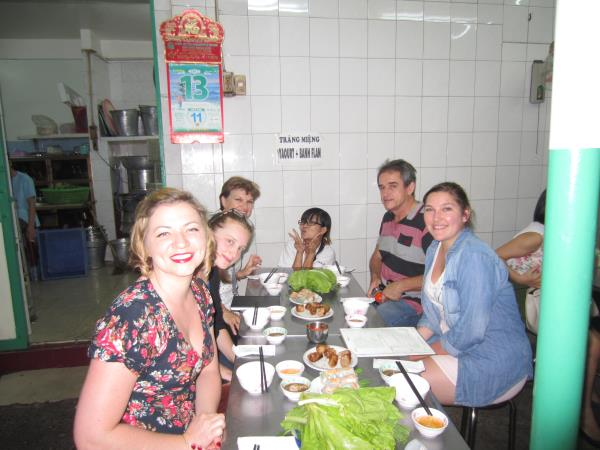 Vietnam 10 day tour, Pho the love of food