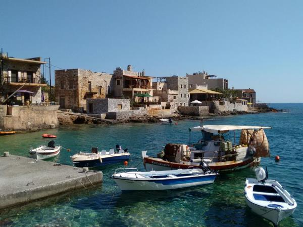 Greece highlights tour, Athens, Peloponnese & Crete