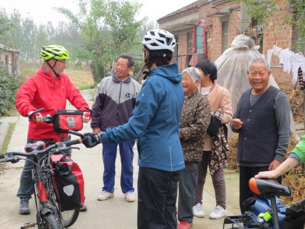 Cycling tour of China