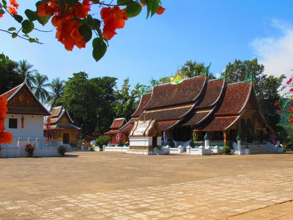 Laos tailor made holiday, culture & adventure
