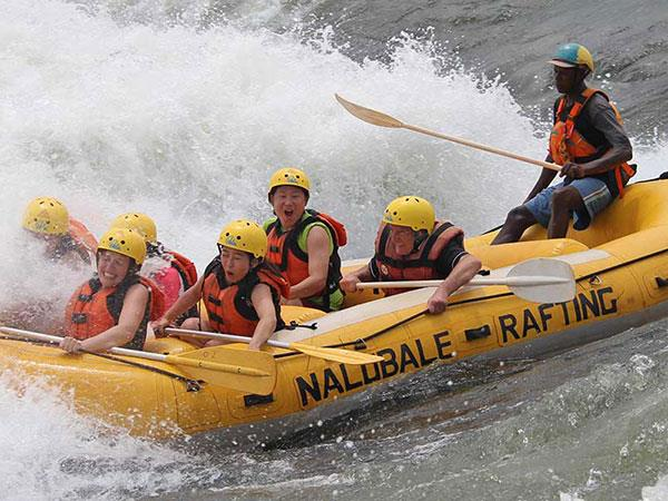 Small group adventure holiday in Uganda