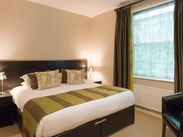 New Forest country hotel nr Lyndhurst, England