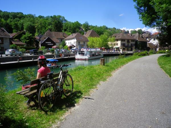 geneva to lyon self guided cycling holiday france helping dreamers do. Black Bedroom Furniture Sets. Home Design Ideas