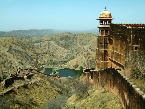 Maharajas Express luxury rail holiday in India