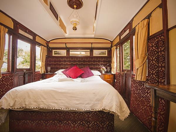 Cornwall railway carriage self catering, England