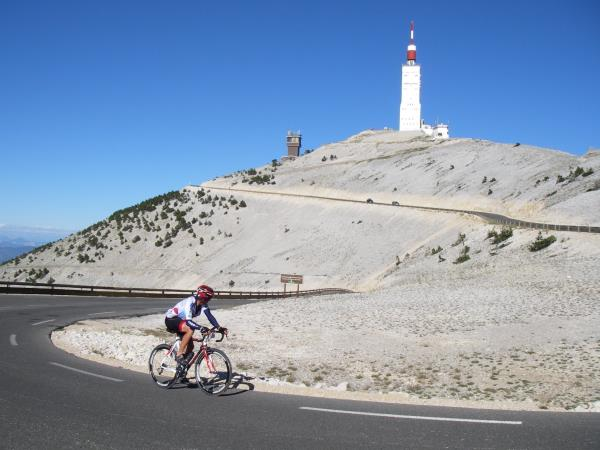 Provence self guided cycling holiday, Ventoux & Luberon