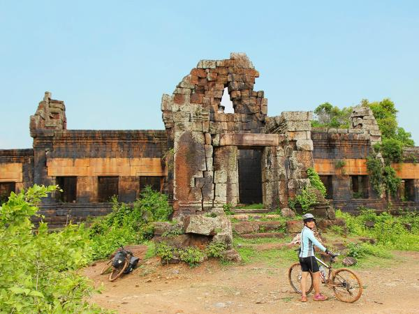 Cycling holiday from Siem Reap to Saigon