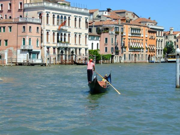 Italy cycling holiday, Venice & Veneto