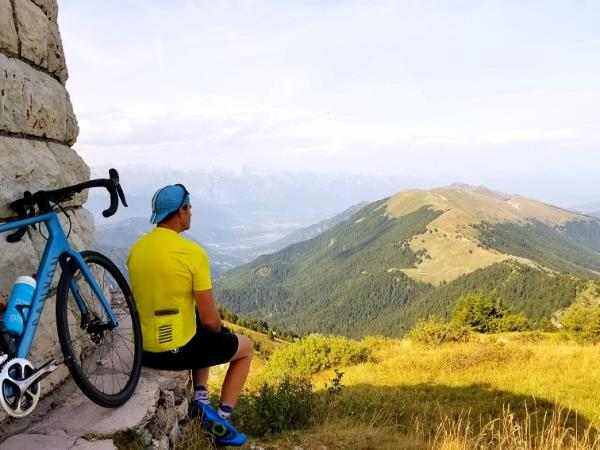 Cycling holiday in the French Alps
