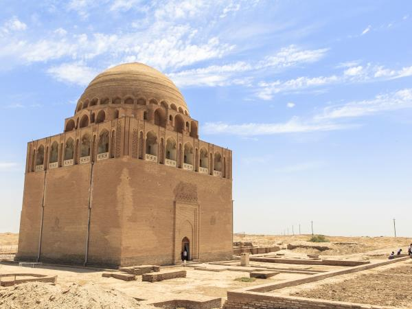 Turkmenistan adventure holiday