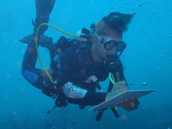 Dive master course in Bali