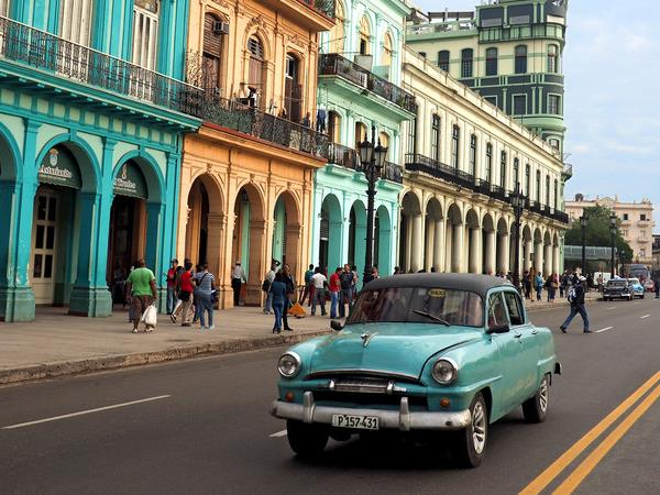 Cuba small group holiday for solo travellers
