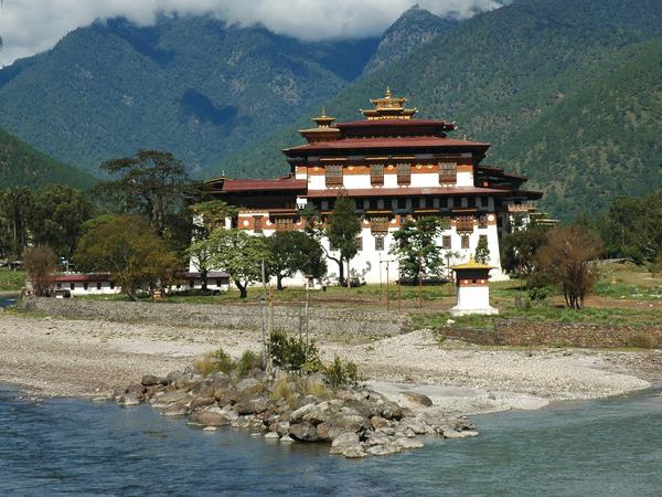 Small group tour to Bhutan