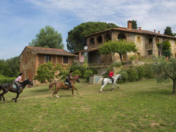 Tuscany horse riding and food holiday