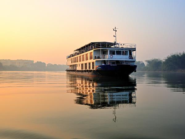 Lower Ganges river cruise in India