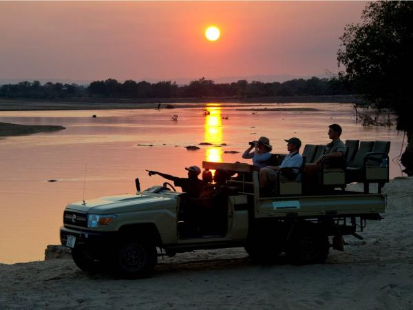 Zambia wildlife holiday, the Luangwa Valley