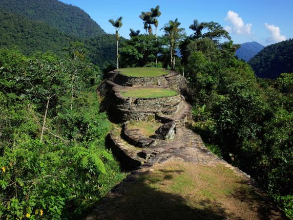 Vegan hiking tour to Lost City, Colombia