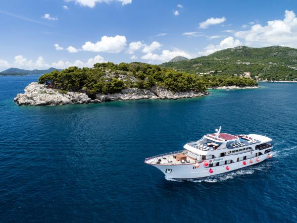 Croatia highlights holiday, cruise by M/S Providenca
