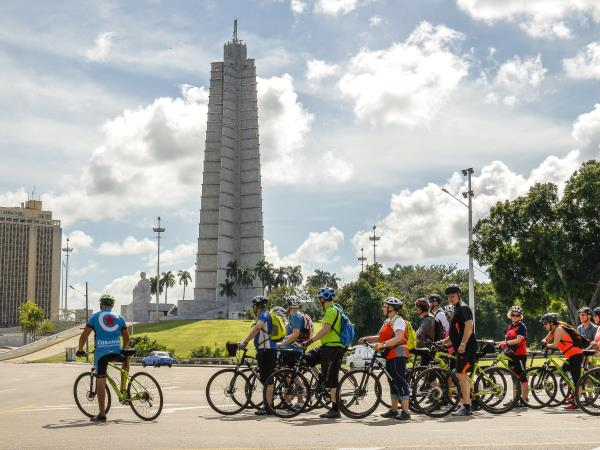 Classic Cuba cycle holiday