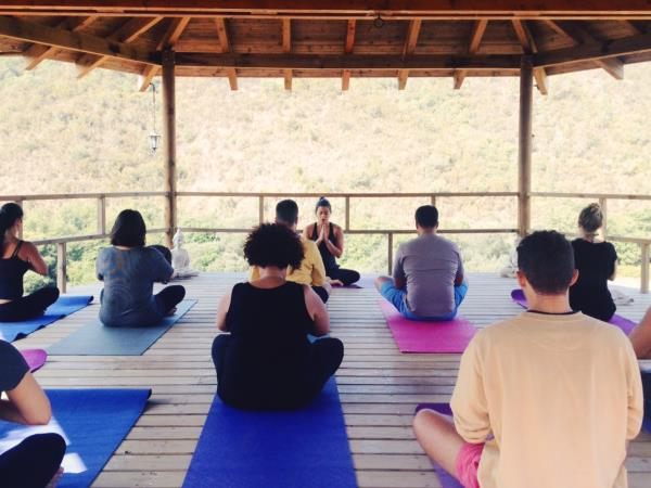 Yoga and surf short break