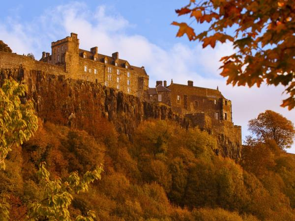 Scottish Highlands castles and whisky tour