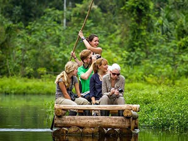 Media work experience in the Amazon, Peru