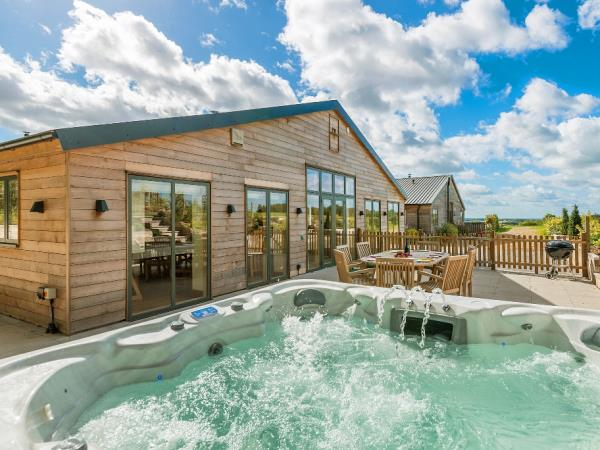 Wheelchair accessible holiday cottages, South Downs