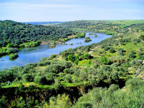Portugal self guided walking holiday in Alentejo