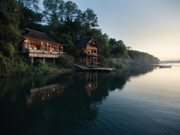 Zimbabwe luxury safari and Victoria Falls