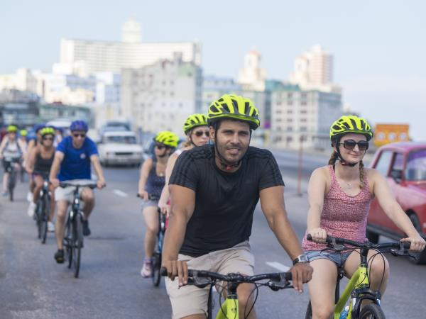 Short cycle tour in Cuba