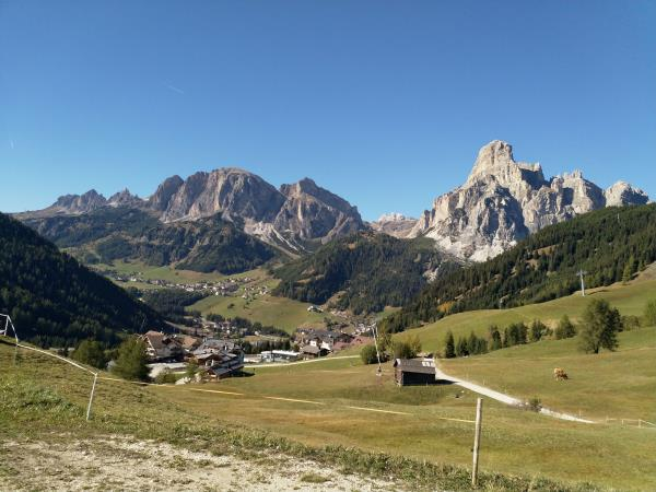 Dolomites centre based walking holiday in Italy