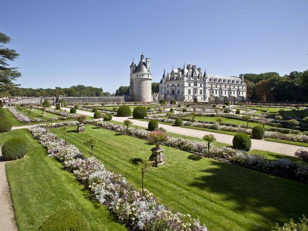 Loire Valley walking holiday, France