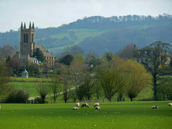 Cotswolds cycling holiday