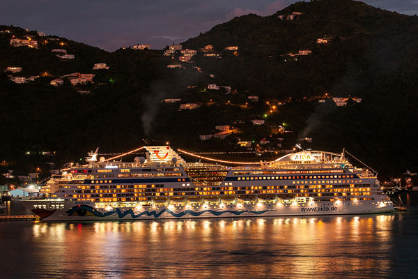 Cruise ship light pollution