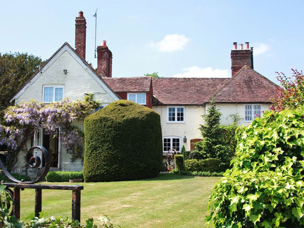 South Downs B&B farmhouse near Chichester, England