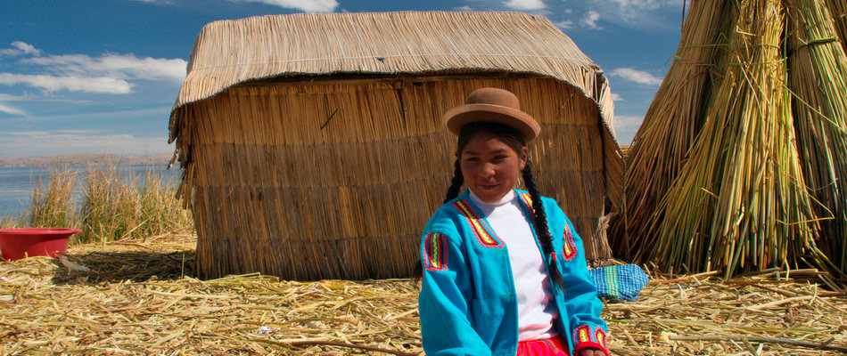Saying hello on the Uros Islands
