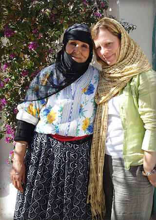 Cathy Mack with local lady in Morocco