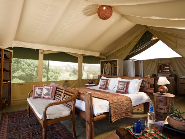 Masai Mara conservancy holiday, Kicheche Camp
