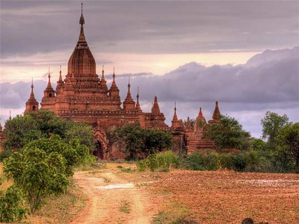 Trekking holiday in Burma