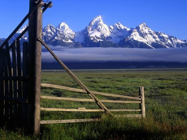 Yellowstone & Teton NP Solar Eclipse holiday