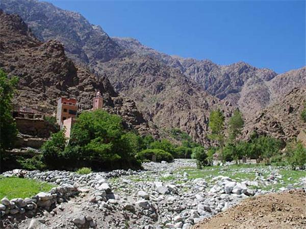Morocco holiday, High Atlas peaks and valleys