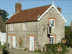 Self catering country cottage in Wiltshire, England