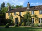 Vegetarian bed & breakfast near Frome, Somerset, England