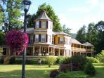 Luxury bed and breakfast in Hunter, New York, USA