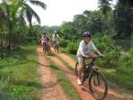 Family cycling holiday in Sri Lanka