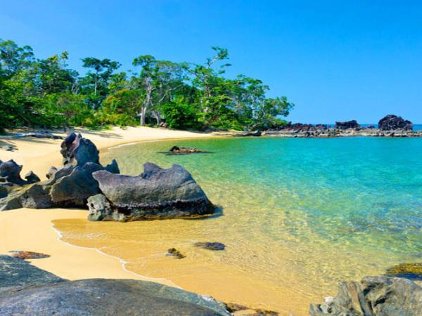 Luxury honeymoon in Madagascar