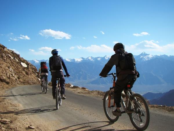 Ladakh mountain biking holiday in India